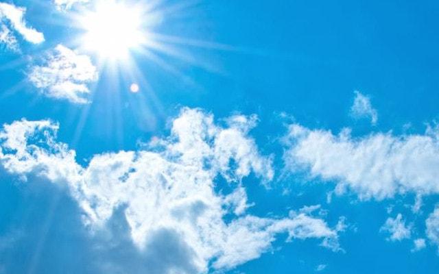 ぎらっと輝く太陽