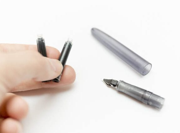 ばらんばらんにペンを分解する