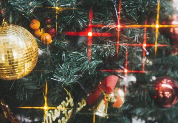 きらりと輝くクリスマスツリー