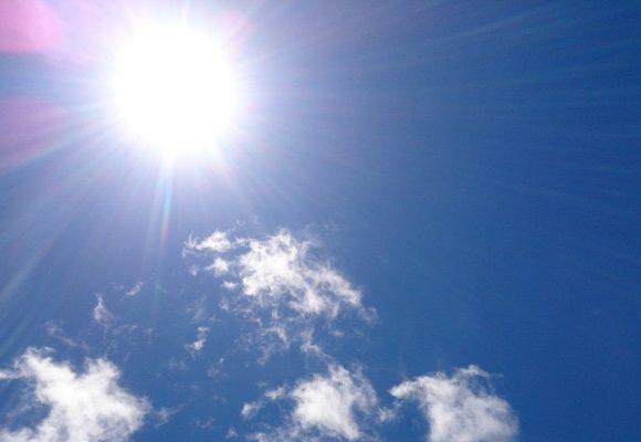 ちりりちりりと照りつける太陽