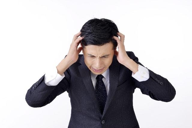 がんがんと頭が痛む