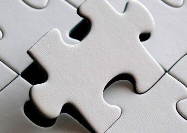 ぴったしとパズルのピースが合う