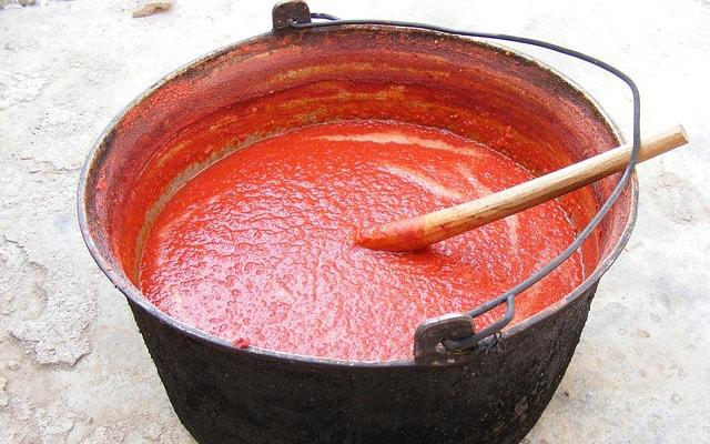 どろりとしたトマトソース