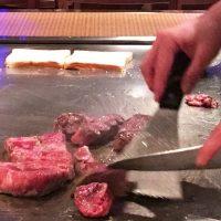 じゅっじゅとステーキを焼く